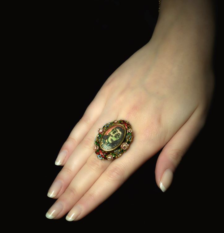 Picaso ring